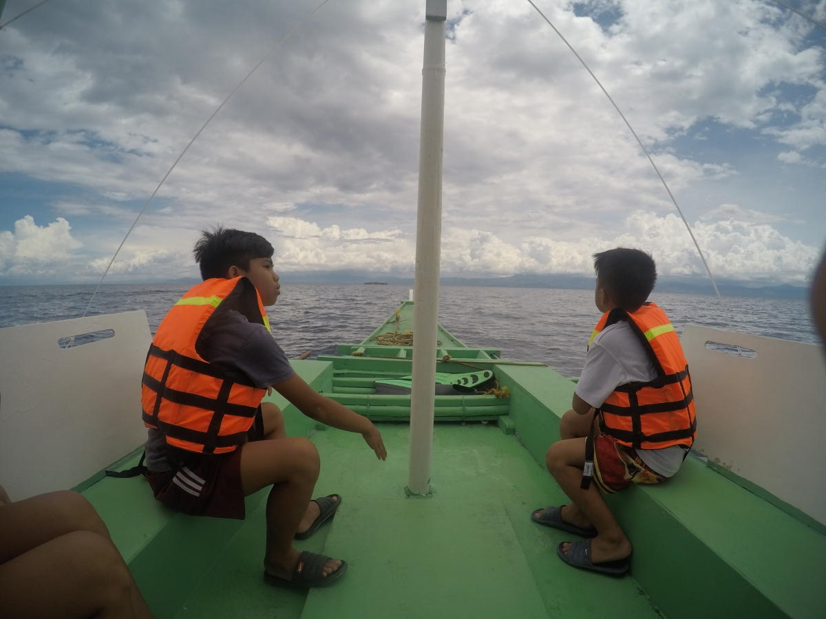 Island Hopping at Moalboal Cebu | Pescador Island and Sardines and Turtle Sactuary